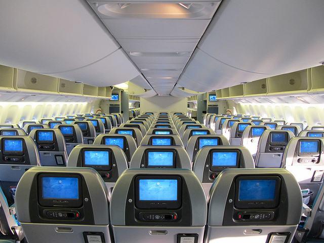 飞机电视广告.jpg